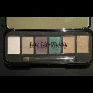 Buxom holiday eyeshadow palette